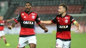 Rodinei Everton Ribeiro Flamengo Avai Brasileirão 2309 2017