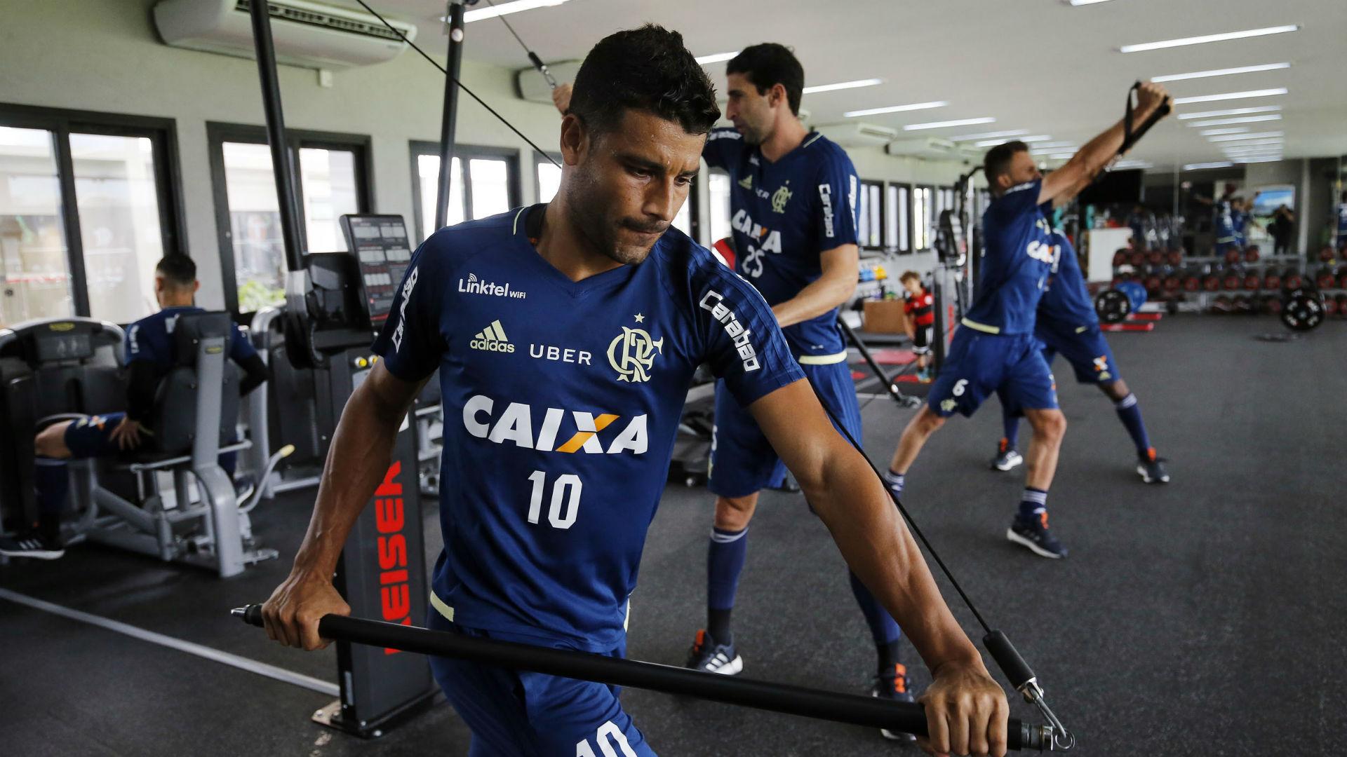 Ederson academia Flamengo 14 04 2017