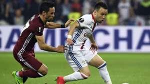 Mathieu Valbuena Gokhan Gonul Lyon Besiktas UEFA Europa League 13042017