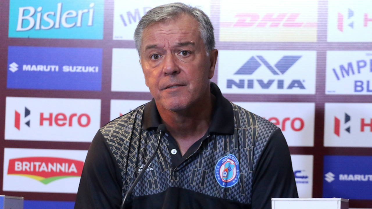 ISL 2018-19: Cesar Ferrando looking to shore up defence before taking on ATK