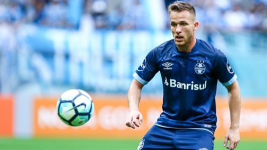 Gremio representatives travel to Barcelona to discuss Arthur sale