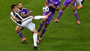Mario Mandzukic gol de chilena Juventus Real Madrid 020617