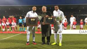 Vidal y Beausejour cumplieron 100 partidos. 27032018 Dinamarca Chile