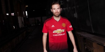 manchester united official kit 2018/2019