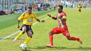 Emmanuel Gyamfi taking on Joshua Otoo
