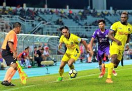 Issey Nakajima-Farran, Austin Amutu, Pahang, Malaysia Super League, 25052018