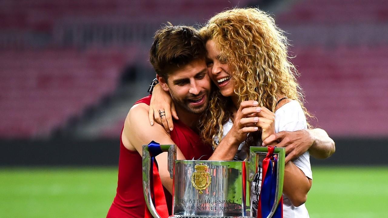 Gerard Piqué presume del éxito de Shakira