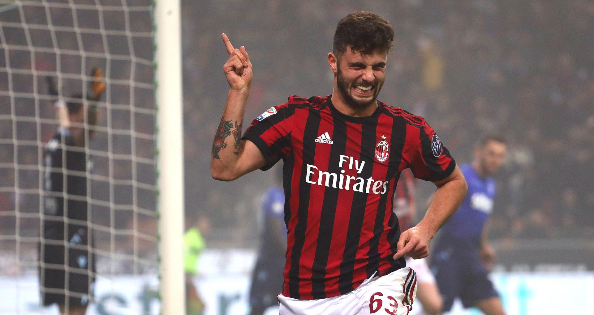 Il Milan fa festa, Lazio ko