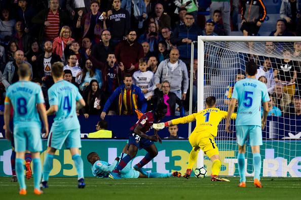 Emmanuel Boateng vs Barcelon