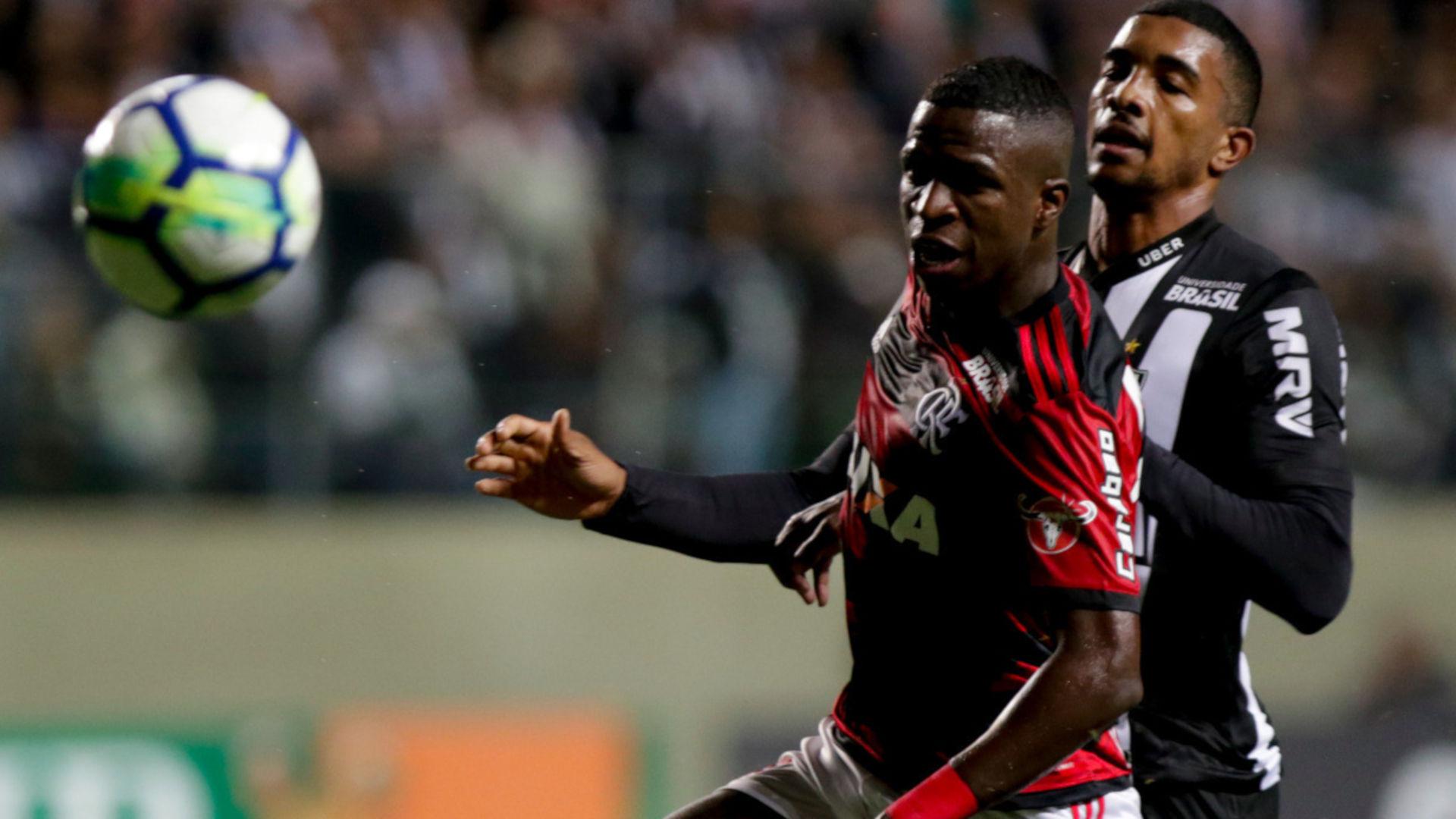 Vinicius Junior Bremer Atletico-MG Flamengo Brasileirao Serie A 26052018