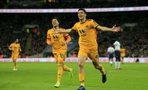 Raúl Jiménez Tottenham Wolves