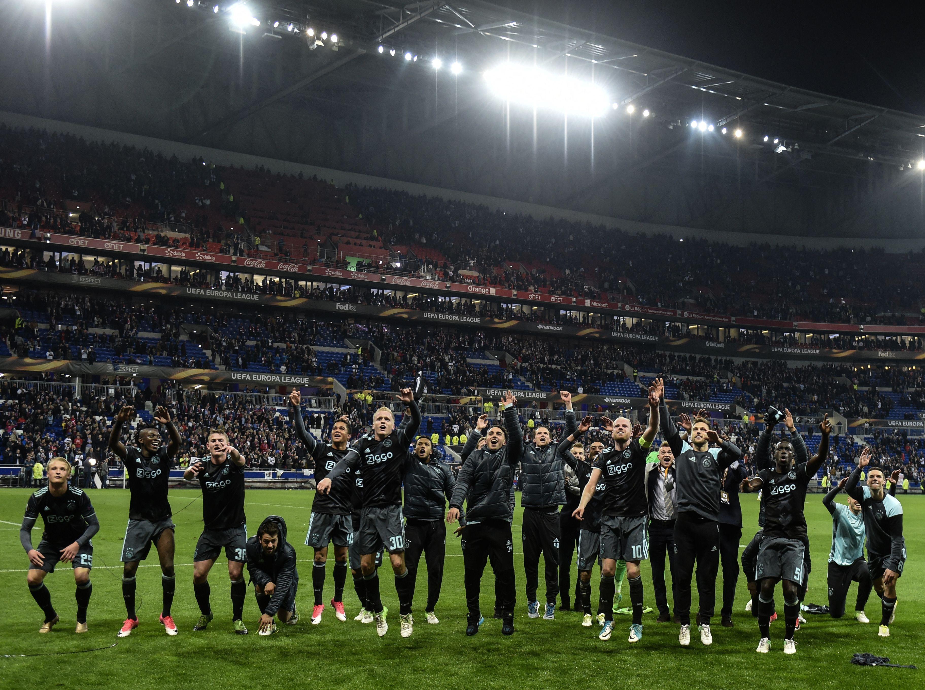 Ajax Lyon Europa League