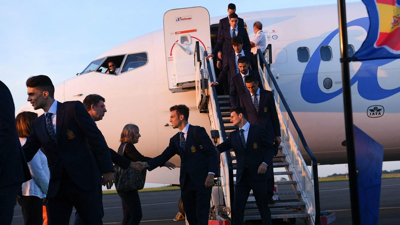 Spain EURO 2016 Arrival