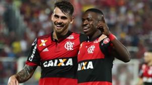 Vinicius Jr Felipe Vizeu Flamengo Palestino Copa Sudamericana 09082017
