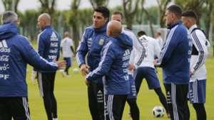 Enzo Perez Jorge Sampaoli Argentina Training 1006201