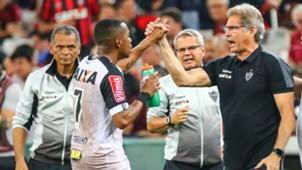 Robinho Oswaldo de Oliveira Atlético-PR Atlético-MG Campeonato Brasileiro 01102017
