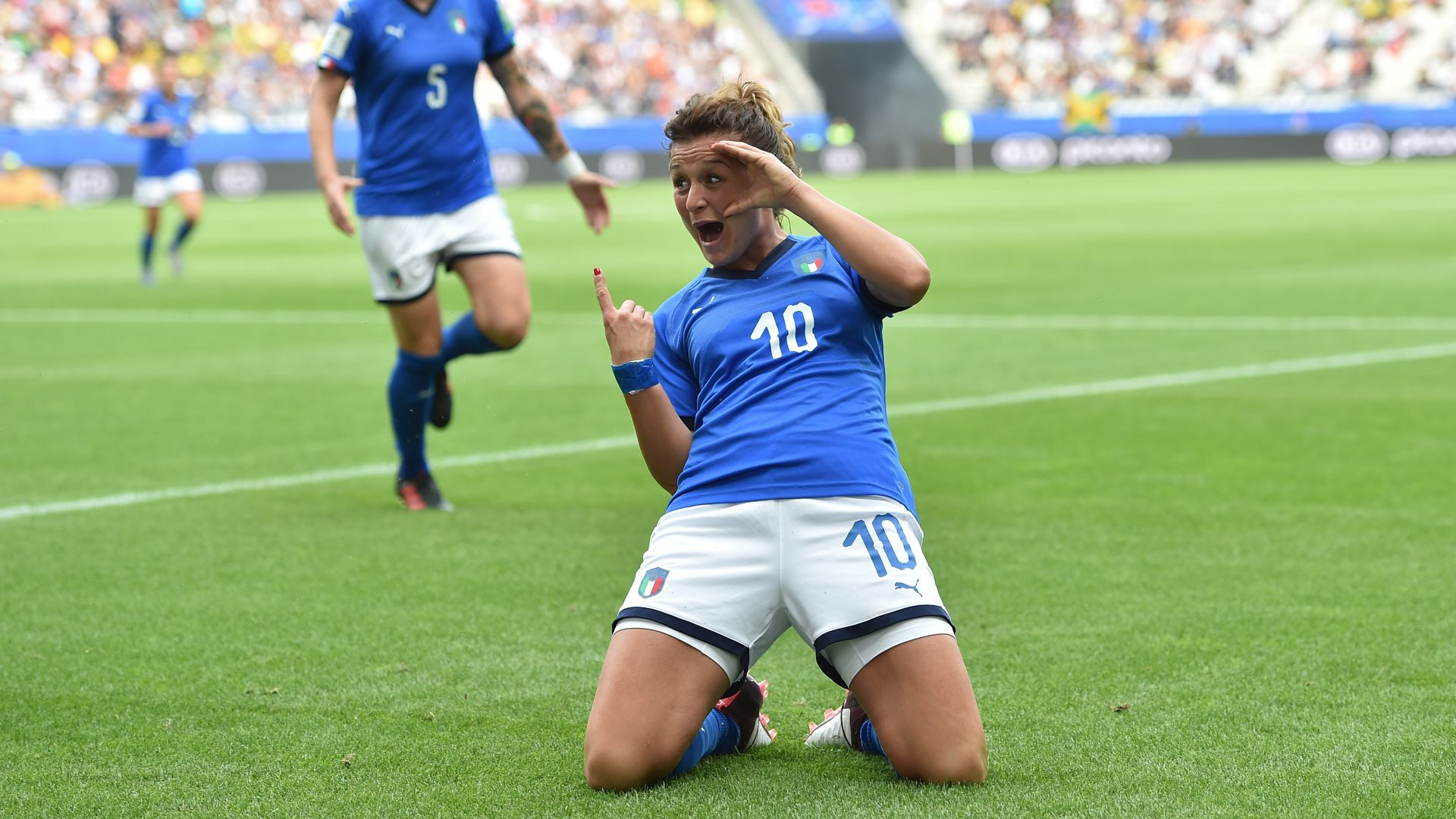 Marta surpasses Miroslav Klose for all-time World Cup scoring record