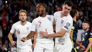 England celebrate Raheem Sterling goal vs Kosovo