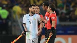 Messi Roddy Zambrano Brazil Argentina Copa America 02072019