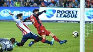 Jonathan Osorio Isaac Brizuela Toronto FC Chivas CONCACAF Champions League