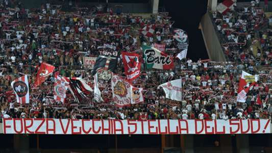 Bari supporter