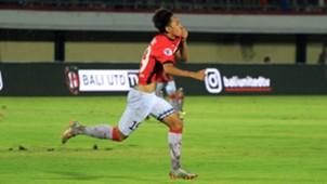 Hanis Saghara - Bali United & Tampines Rovers
