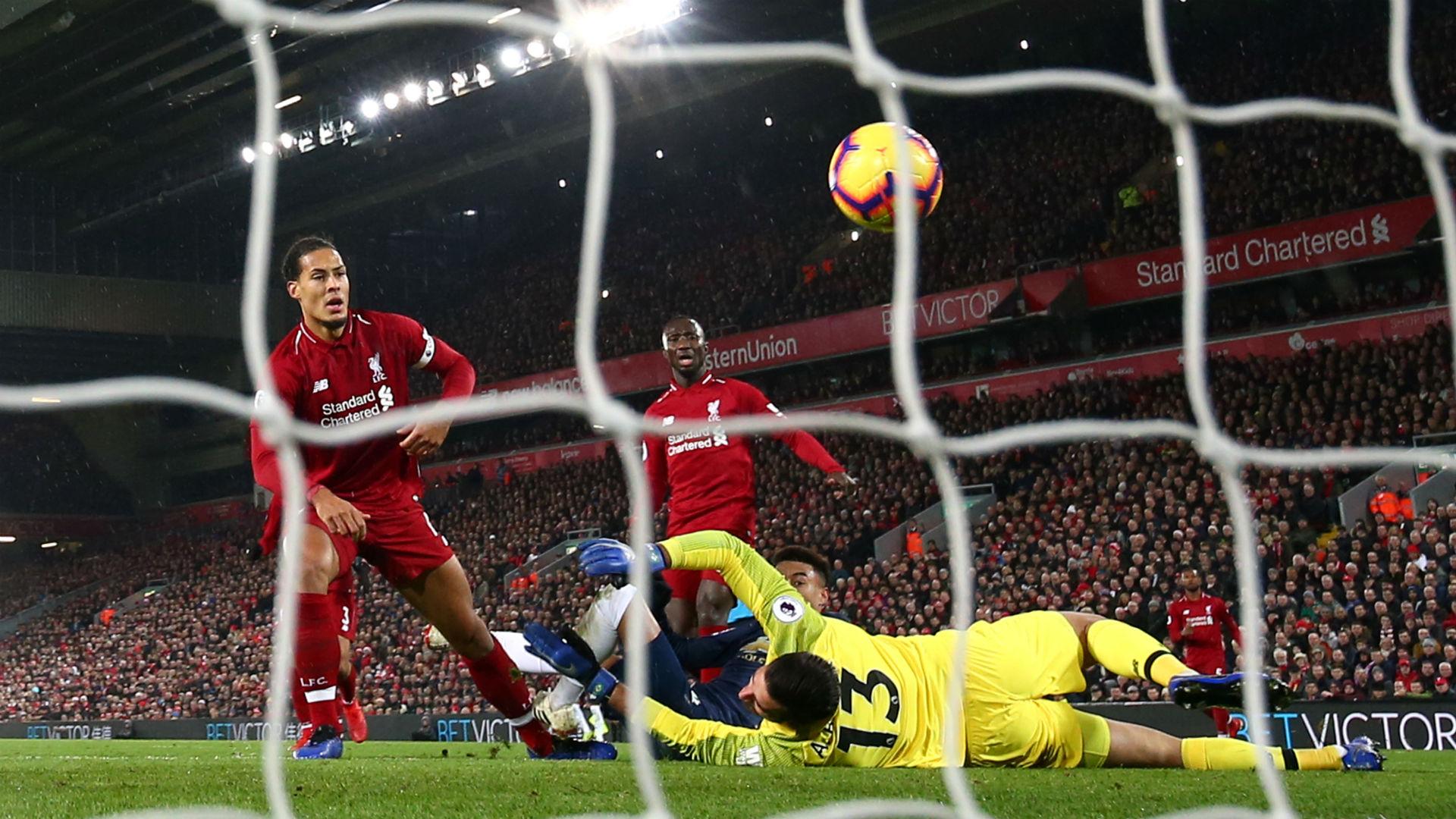 Liverpool defender Van Dijk assures fans: Salah is smiling