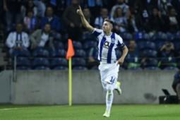 Héctor Herrera Champions League
