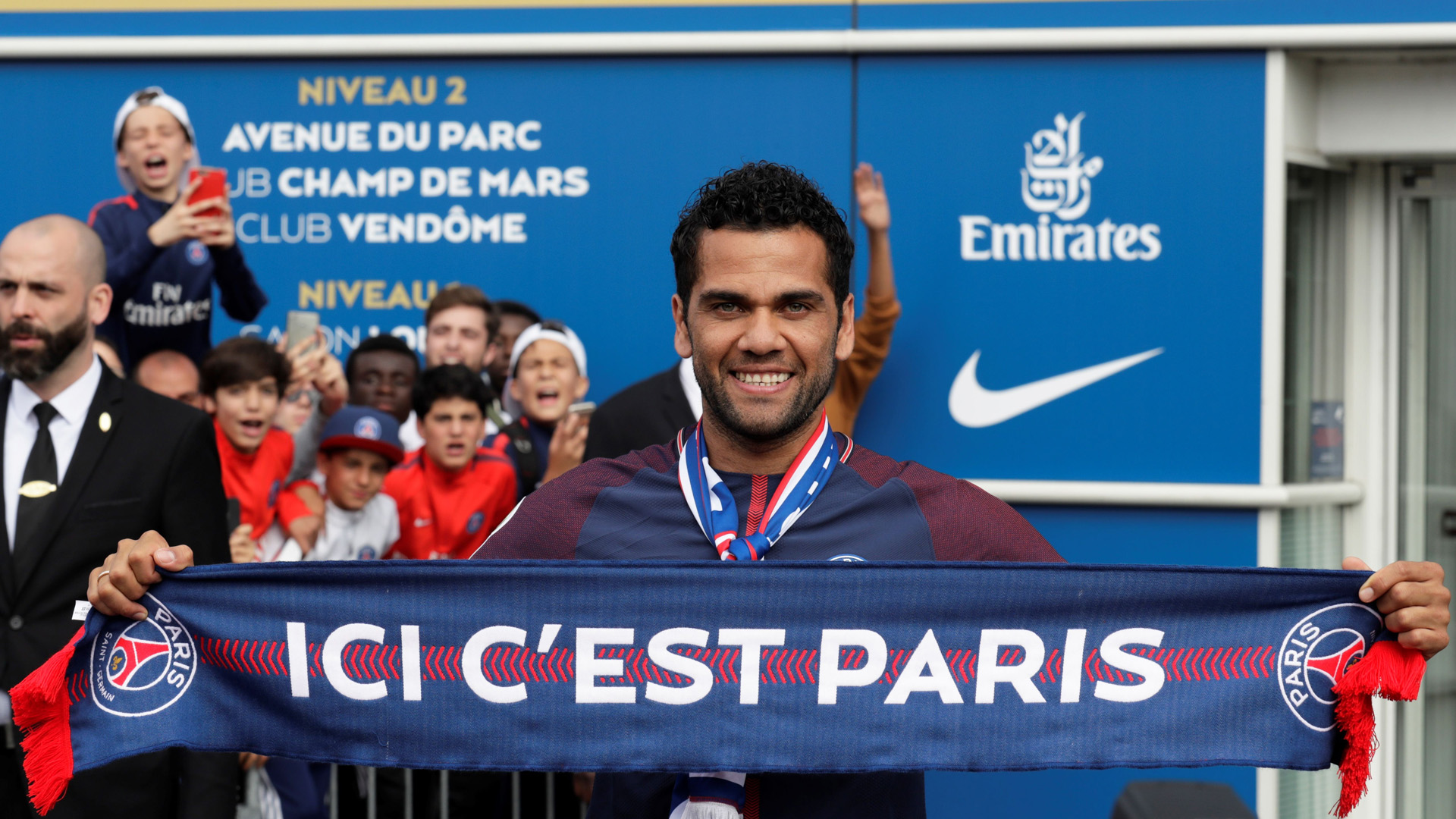 Daniel Alves PSG Paris Saint Germain Ligue 1