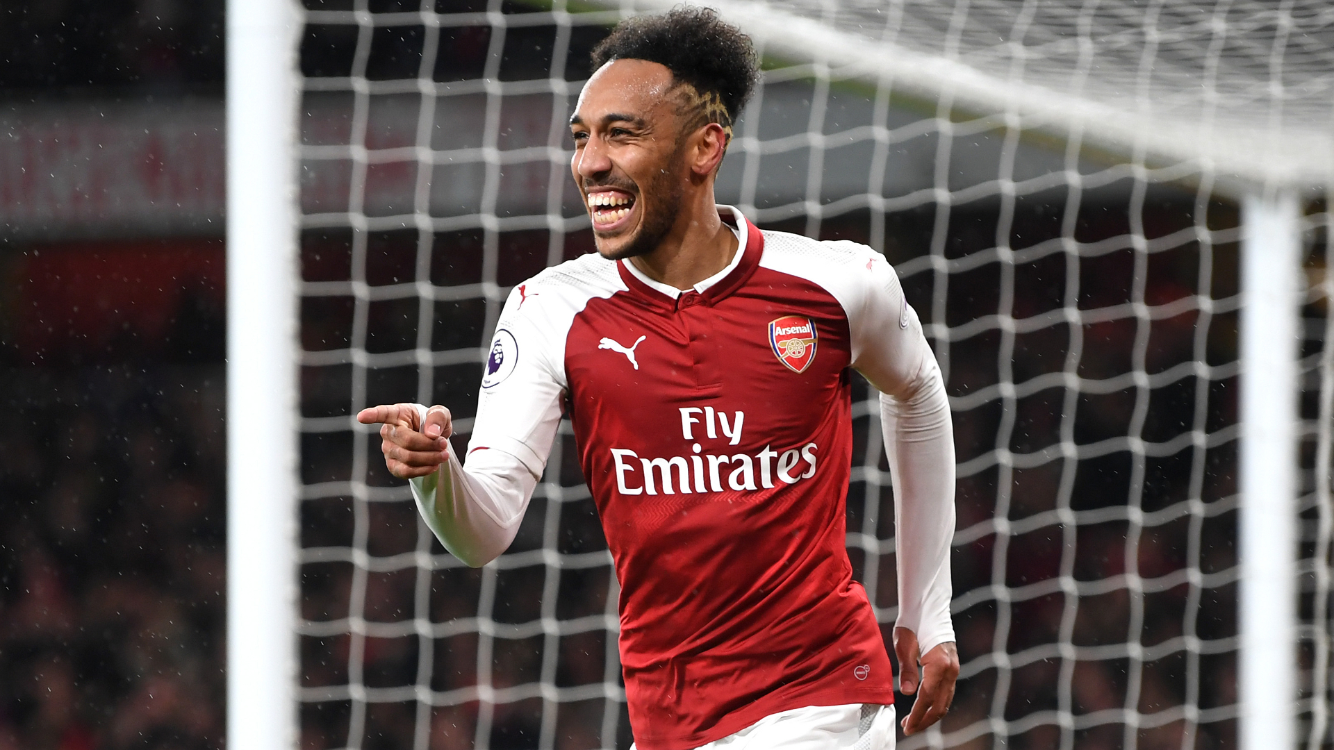 6 of the best photos as Aubameyang trains with Arsenal