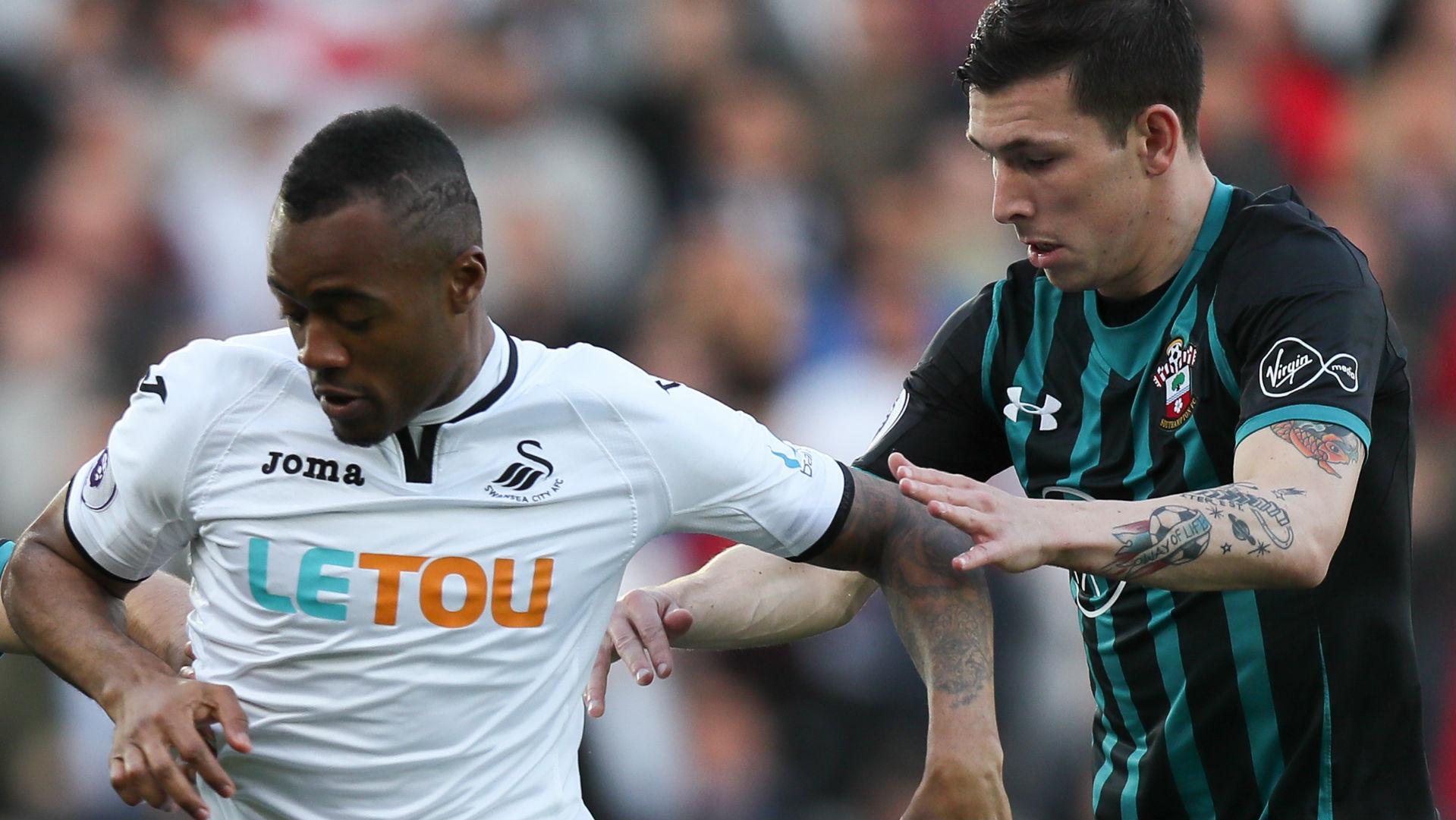 Jordan Ayew Swansea City Pierre-Emile Hojbjerg Southampton 2017-18