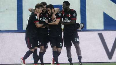 Milan celebrating SPAL Milan Serie A