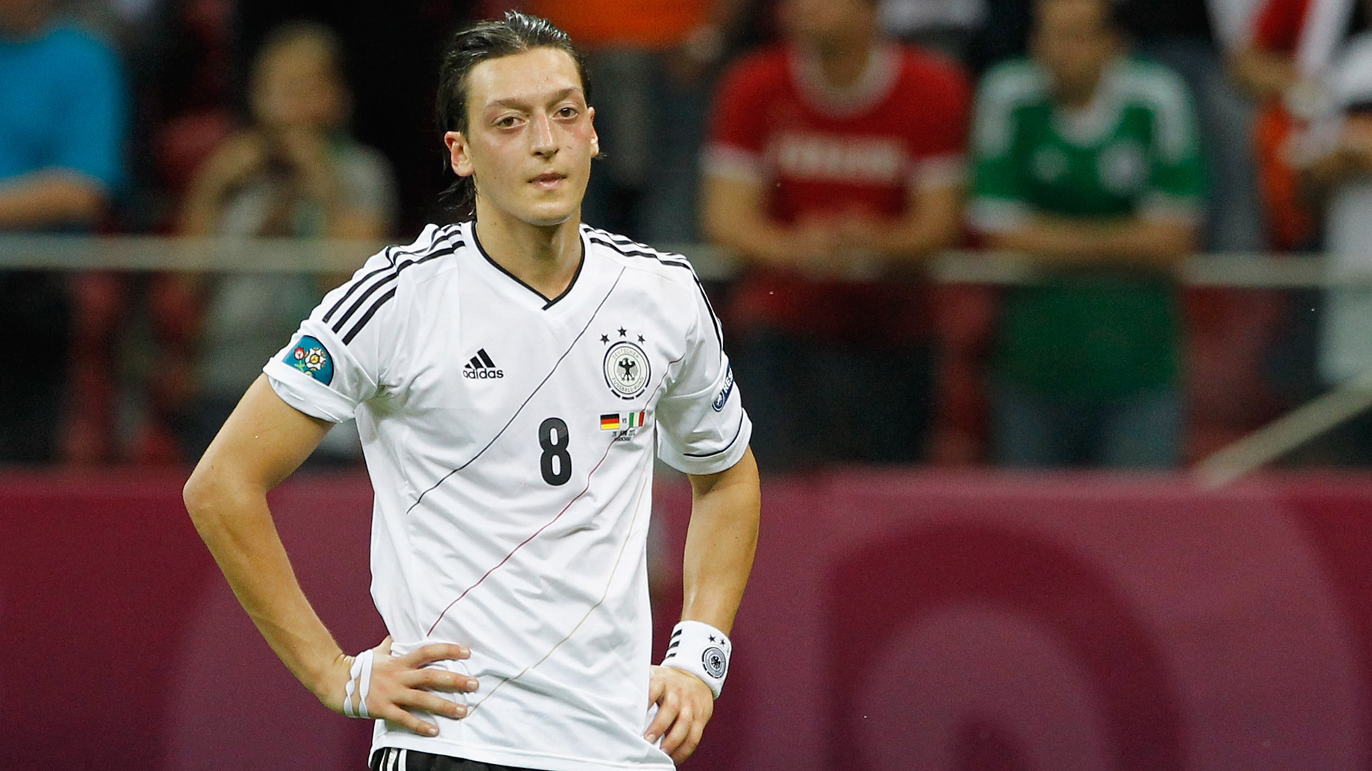 Mesut-Özil-DFB-28062012