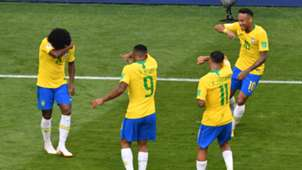 Neymar Brazil flash bang celebration 02072018