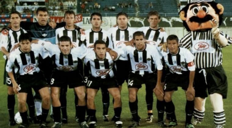 Libertad campeón 2002