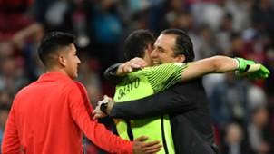 Claudio Bravo & Juan Pizzi Selección de Chile vs Portugal Copa Confederaciones