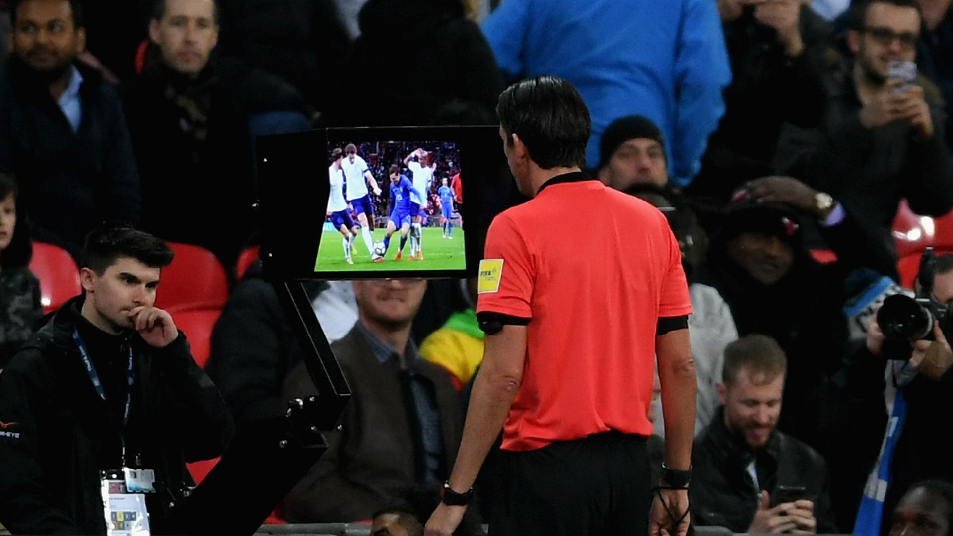 Deniz Aytekin England Italy VAR penalt? decision 03272018