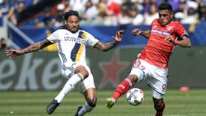 Jermaine Jones Cristian Colman LA Galaxy FC Dallas MLS 030417