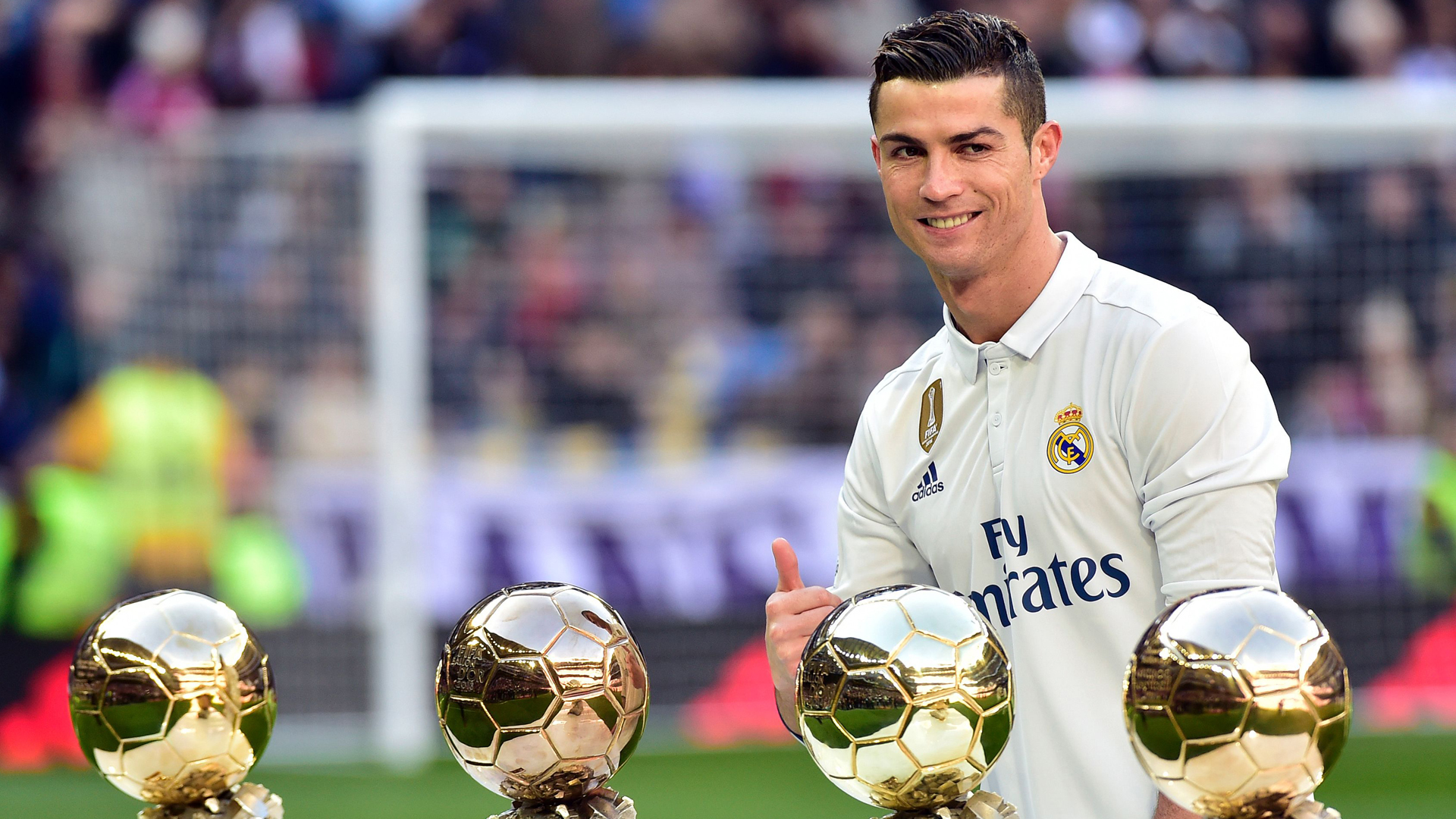 رونالدو الكرة الذهبية