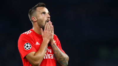 Haris Seferovic Benfica 2018-19