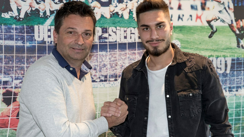 Schalke holt U21-Nationalspieler