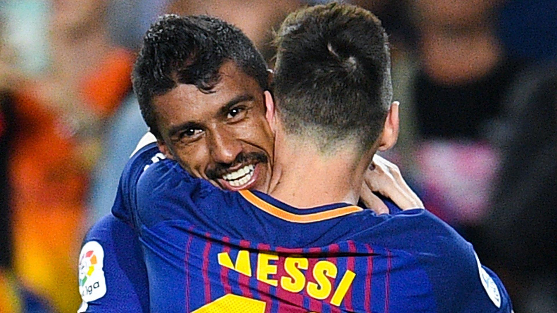 Paulinho Lionel Messi Barcelona