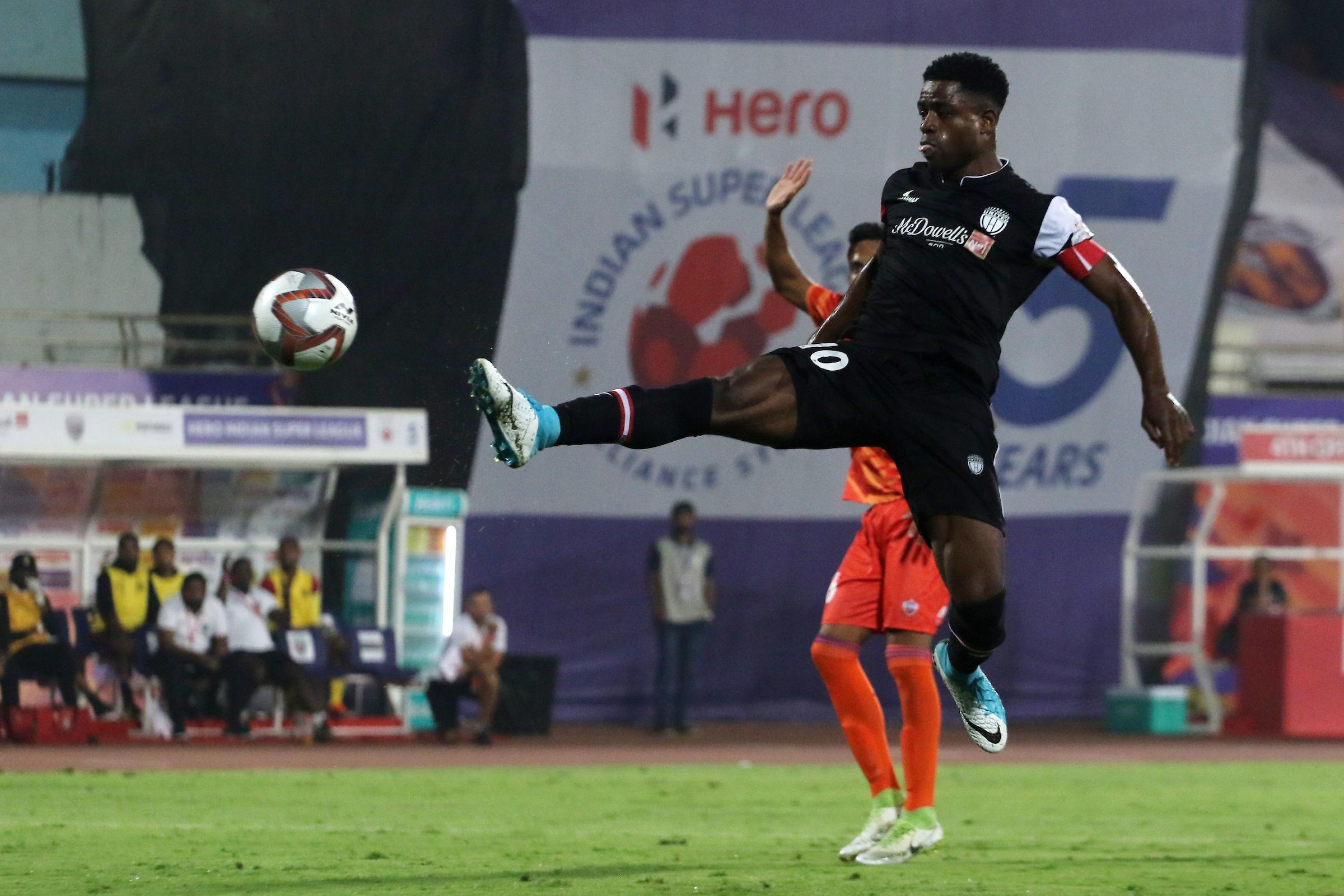Bartholomew Ogbeche FC Pune City NorthEast United ISL 2018-19