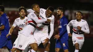 Bruno Alves Militao Rodrigo Caio Sao Paulo Parana 16042018 Brasileirao Serie A