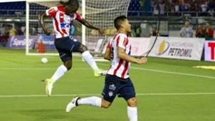 Teo Gutiérrez y Yimmi Chará Junior de Barramquilla 2017-II