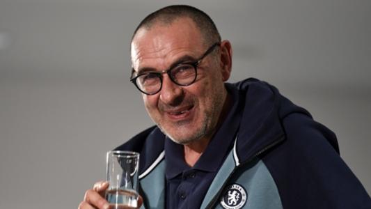 Tin Chelsea: Tiết lộ gây sốc về HLV Sarri 'hút rất nhiều thuốc' | Goal.com