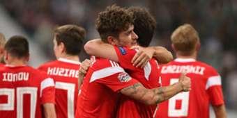 Russian players celebrating Russia Turkey UEFA Nations League
