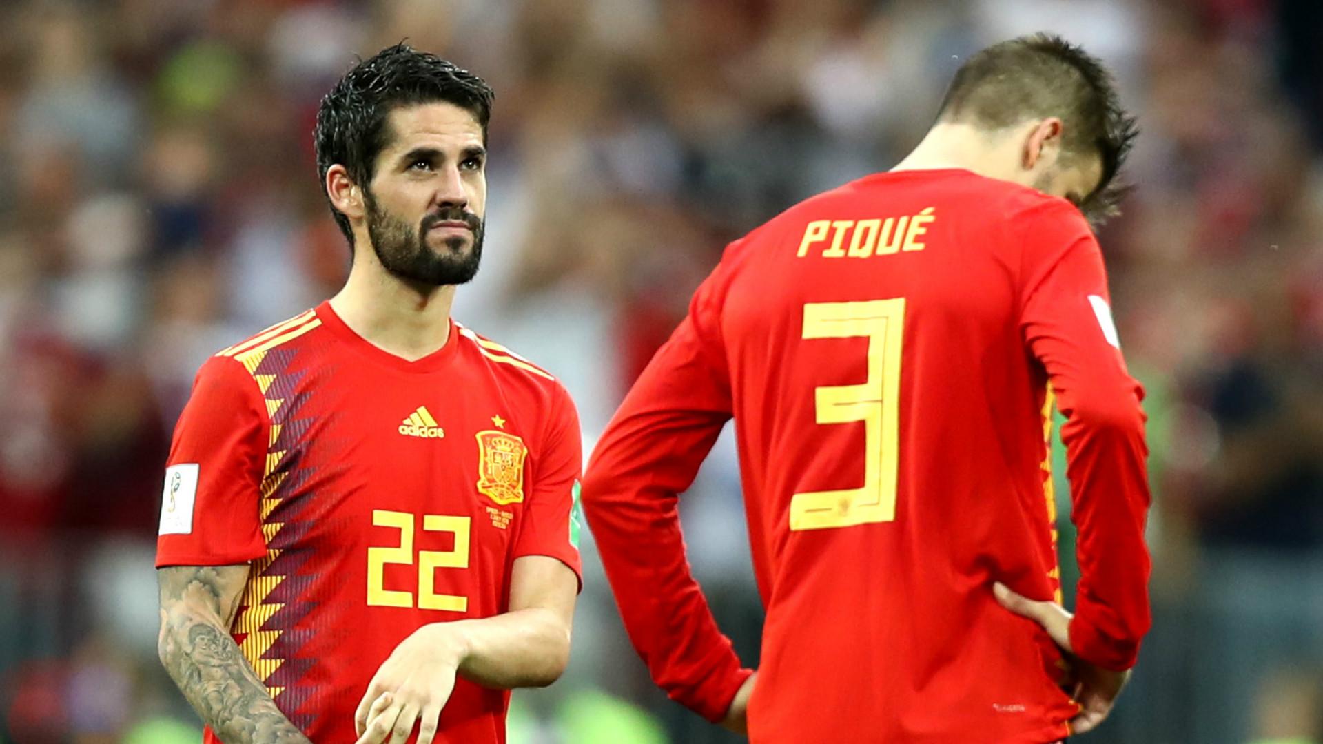 Isco Gerard Pique Spain 2018