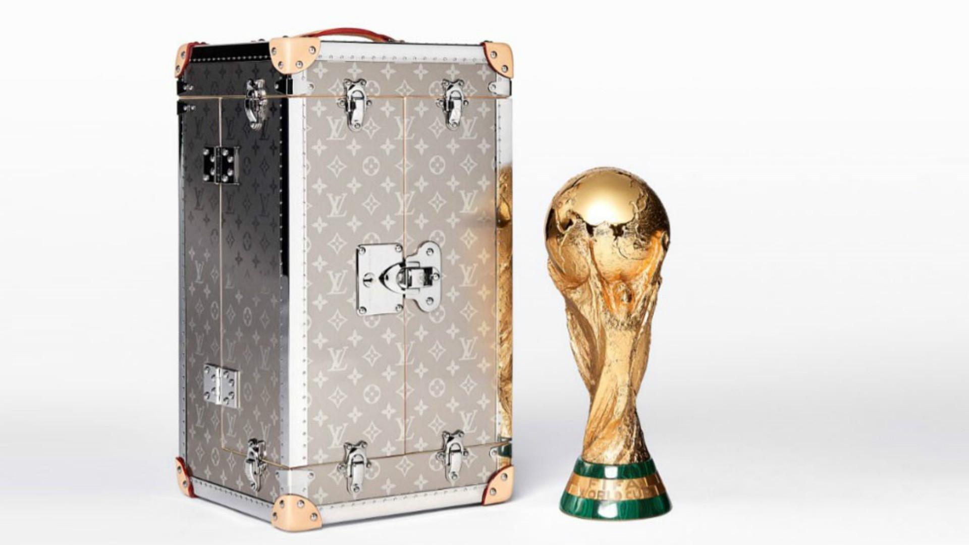 Maletin Louis Vuitton Copa del Mundo FIFA World Cup Case 2018