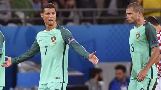 Ronaldo Pepe Portugal Croatia Euro 2016